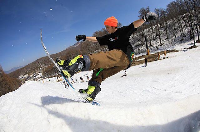 おはよーございまーす!7月31日(火)おーぷんでーす!・7月も終わりですね〜あちーあちー言ってる間に夏が終わりそう!笑しっかり遊ばないとね♫・今日もお待ちしてまーす!・#colorsnowboardshop #colorgang #ヨコノリスタ #イロヲ出セ #snowboardshop #宇都宮 #snowboard #猫魔スキー場 #カラースノーボードショップ
