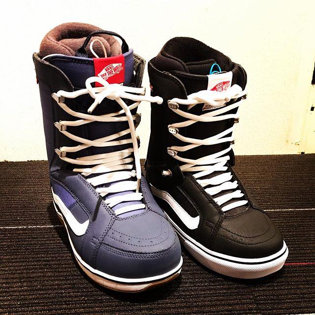 11月29日(金)やってまーす!.VANSのブーツまだ在庫ありまーす!.メンズ、レディースともにあります!ブーツお探しの方は是非。.サイズ等はお問い合わせください。.今日もお待ちしてまーす!!!!.#colorsnowboardshop #colorgang #ヨコノリスタ #イロヲ出セ #snowboardshop #宇都宮 #カラースノーボードショップ #スノーボード #vans
